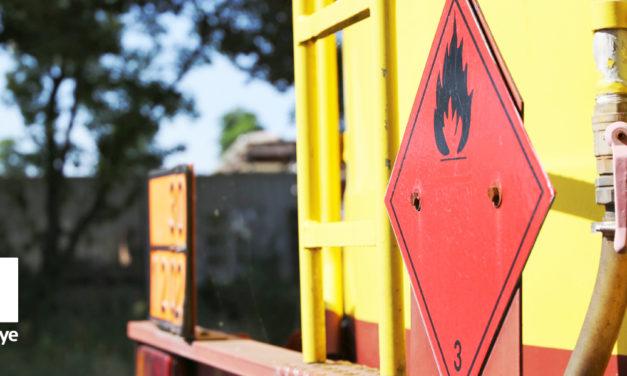 Jak przygotować transport towarów niebezpiecznych