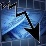 Sprzedawcy upadają przez zaległe należności